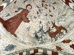 A igreja de Vittskövle fica na Suécia. A igreja foi construída originalmente no século XII ou XIII. No século XV uma capela foi construída no norte. A capela era dedicada a Sant'Ana. Os cofres foram construídos no século XV com pinturas murais da década de 1480, mostrando histórias de Gênesis. Na capela-mor, foi retratado a lenda de São Nicolau, bem como os símbolos dos evangelistas. <br><br> Palavras-chave: pinturas, Gênesis, São Nicolau, igreja, capela, símbolos.